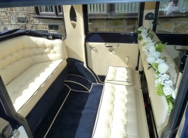 Ivory and Black wedding car for hire in Windsor